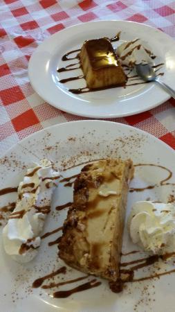 Restaurante Asador El Muelle : Tocino de cielo y Pudding