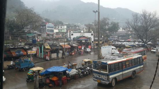 Jwalamukhi, India: Bus stand