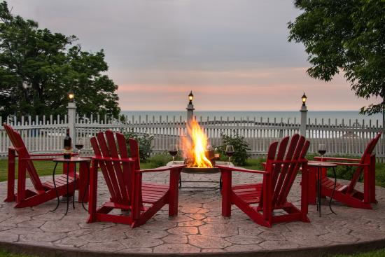 Barcelona Lakeside Bed and Breakfast: View from the fire pit overlooking  Lake Erie - View From The Fire Pit Overlooking Lake Erie - Picture Of Barcelona