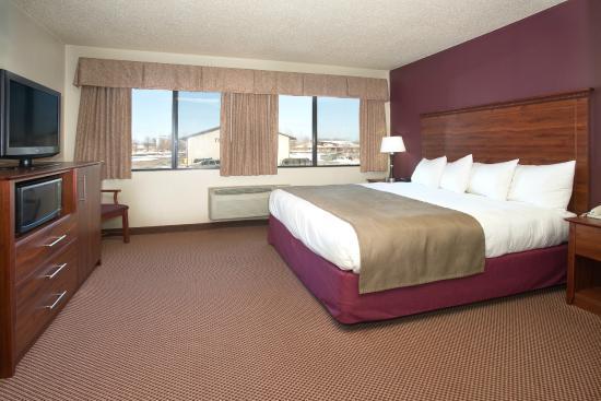 AmericInn Lodge & Suites New London: Guestroom