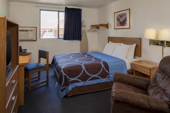 Single Bed Super 8 Portage