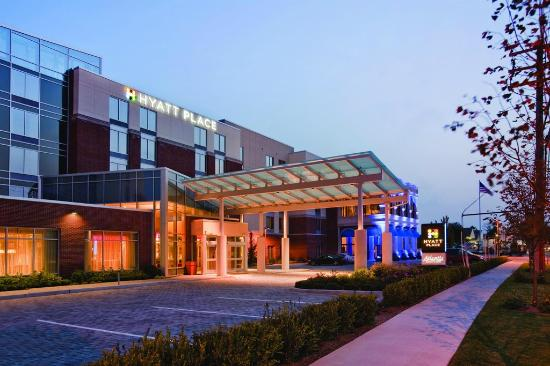 Hyatt Place Long Island East End: Exterior