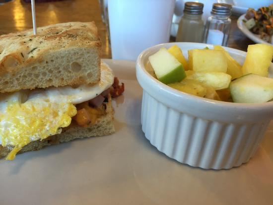Coco Cafe: Simple yet delicious breakfast sandwich! The bread alone was ahhh-mazing!