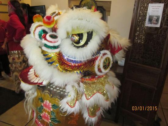 Dragon Gate Chinese Restaurant: Head of Lion