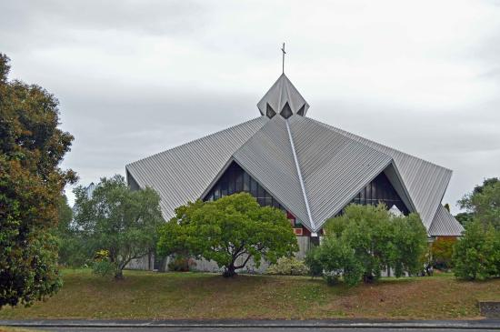 ‪St Mary's Catholic Church‬