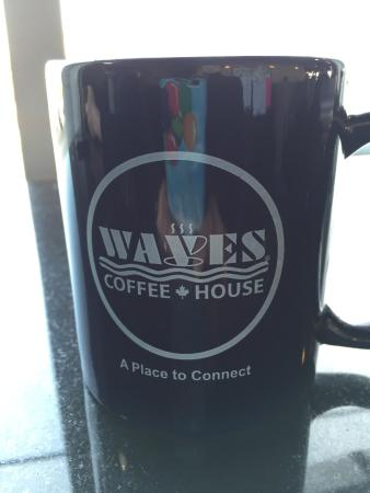 ‪Waves Coffee House‬
