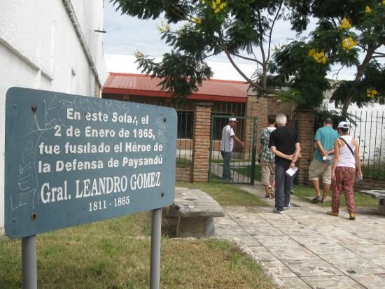 Camino de Leandro Gomez