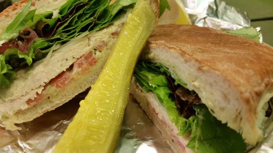 Biscotti's Cafe: Grilled Chicken Panini