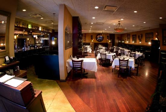 Stevens': Bar and Dining Room