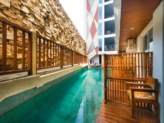 Hadi Poetra Hotel & ZEN Rooms