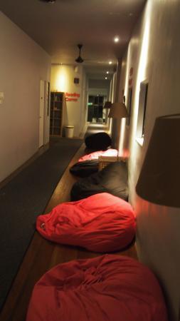 Ryokan Muntri Boutique Hostel: The aisle
