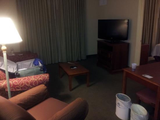 Homewood Suites Tallahassee: Living area