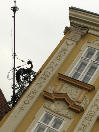 Muzeul de Arta: The Baroque Palace / The Art Museum - detail on the facade