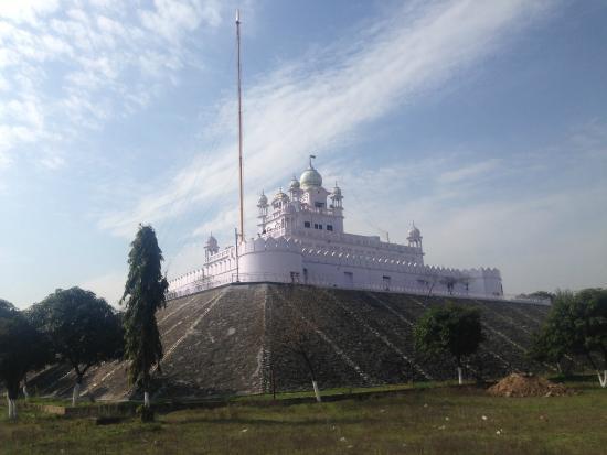 Rupnagar, Indie: Back Side View