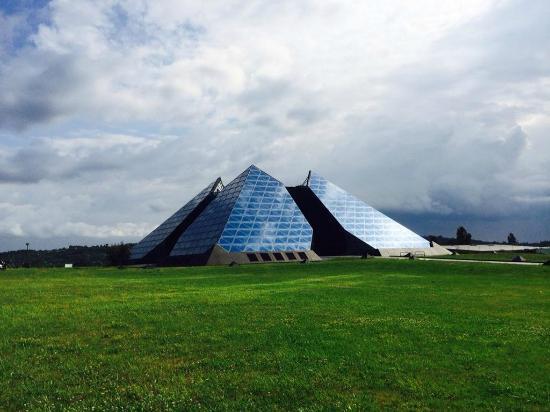 Cite de l'Or - Pyramide des Metiers d'Art