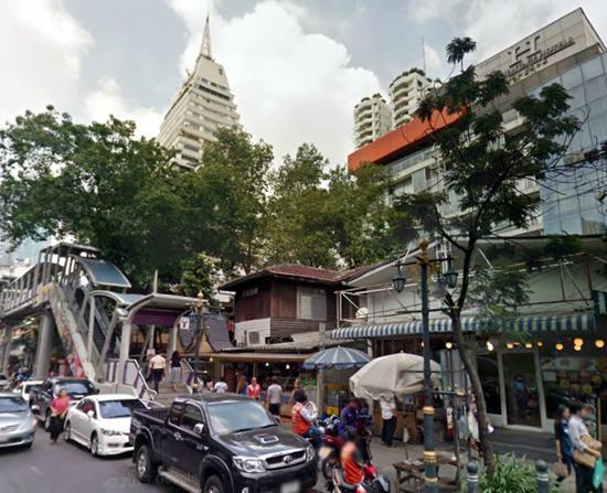 The Heritage Bangkok: very close to BTS chongnonsri station