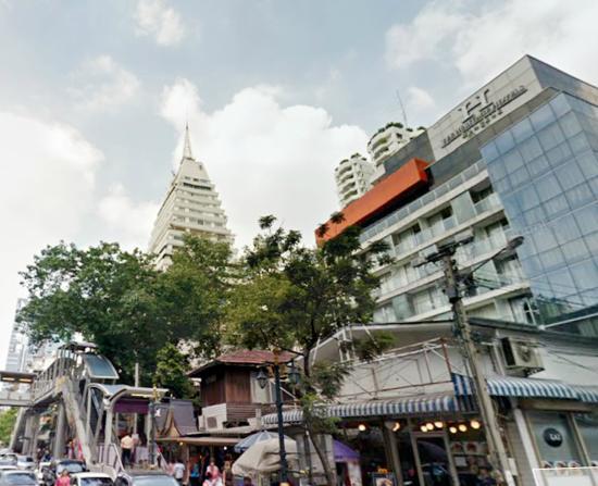 The Heritage Bangkok: 1 mins walk to BTS