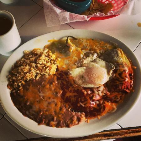 Maria's : Tamales