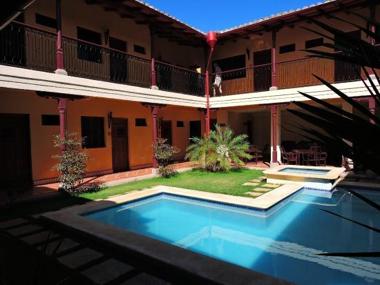 Hotel La Pergola: Pool