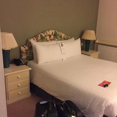Cotswold Lodge Hotel: Zimmer