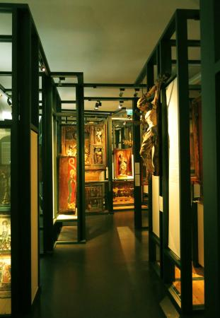 University Museum of Bergen - The Natural History Collections: From the Church Art Exhibition
