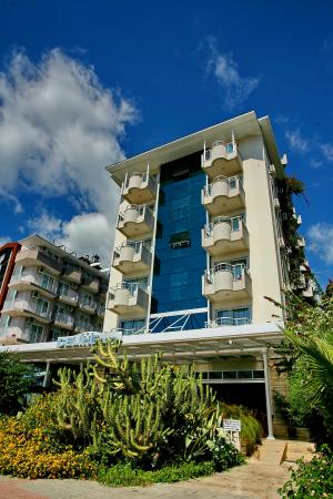 Photo of Celine Kleopatra Hotel Alanya