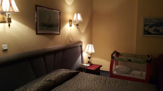 Ambassador: Bedroom