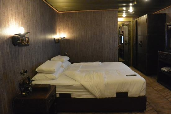 Inside The Room Picture Of Vintage Luxury Yacht Hotel Yangon