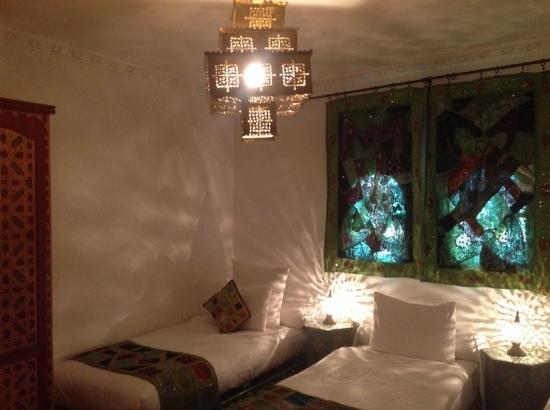 Khris Palace: chambre tout confort