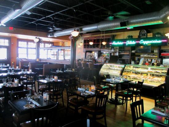 Colombo S Restaurant Hyannis