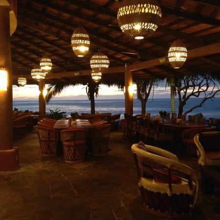 Mar de Jade Retreats Wellness Vacation: Dining