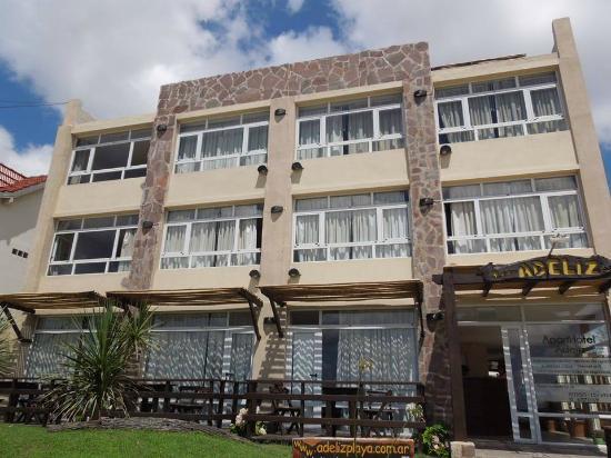 Adeliz Playa Aparthotel