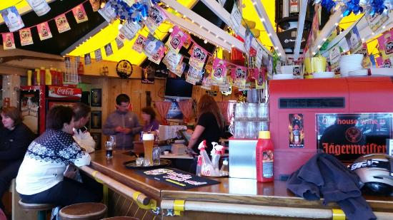 Niederau, Austria: Great apresski bar!