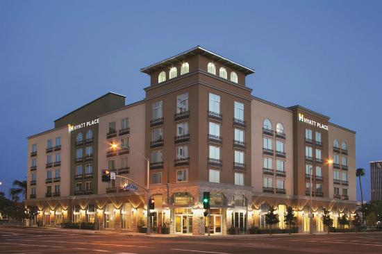 Hyatt Place Riverside Downtown: Exterior
