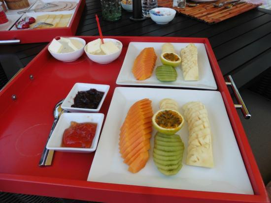 Ohi'a Park Estate: Obst zum reichhaltigen Frühstück