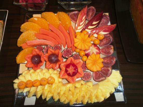 Villa Mulligan: hohe Kunst - Früchte zum Frühstück