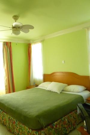 Habitat Terrace: Room 205