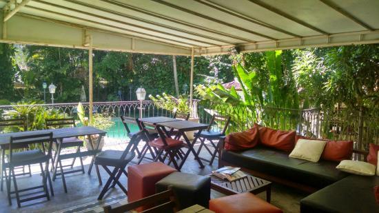 Villa Laurinda : Varando do café do manhã