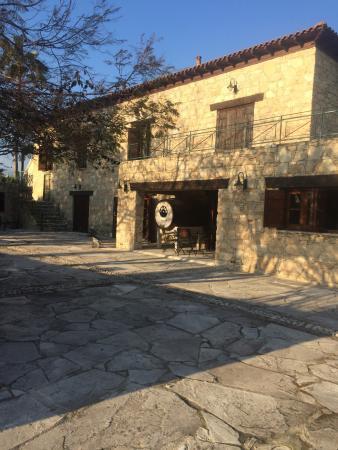 Cyprus Wine Museum: Really nice place.  Absolutnie polecam , tym bardziej gdy kogoś naprawdę interesują wina .