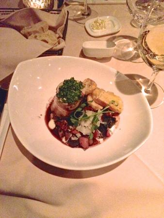 Little Louis' Oyster Bar: Escargot marrow - amazing!!!