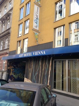 The Art Hotel Vienna: fuori