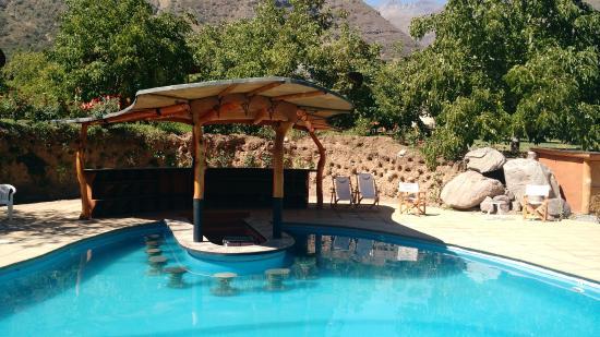 Barra piscina picture of cascada lodge san alfonso - Fotos de piscina ...