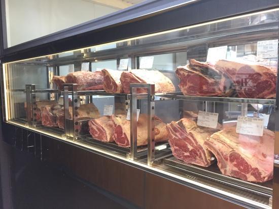 La Maison Leblanc : Galice, Simmental, Normande, Holstein, un grand choix de viandes maturées en dry aged ou en wet