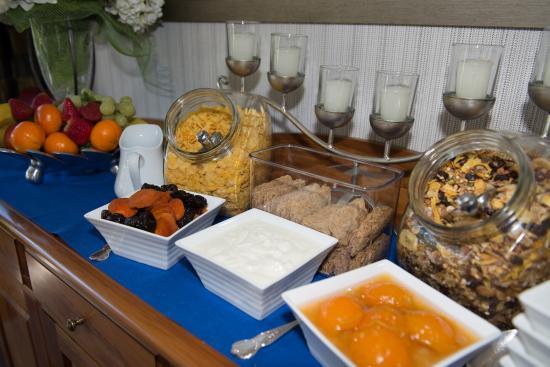 Finlay Banks Boutique Bed & Breakfast: Breakfast Buffet