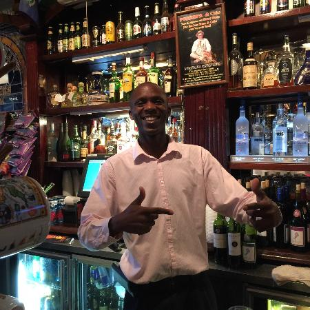 Pusser's Road Town Pub : Andre - Best Bartender in Tortola !!