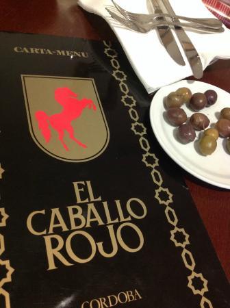 El Caballo Rojo : Olives