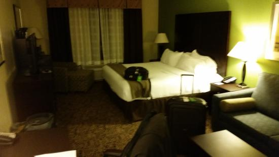 Holiday Inn Express Hotel & Suites Richfield: Bed