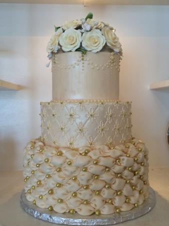 most beautiful wedding cake images beautiful wedding cake picture of virginia s cakes and 17547