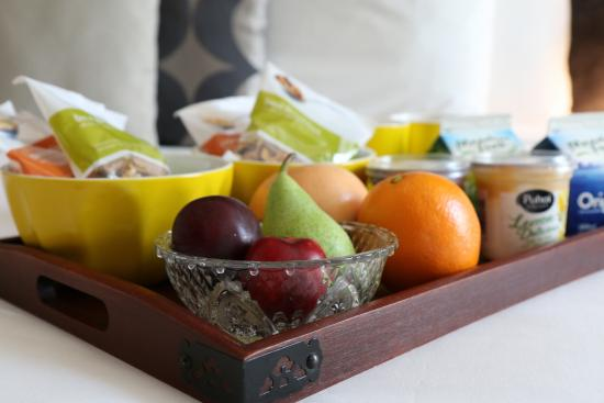 Hotel 115 Christchurch: Easter Special--- Continental Breakfast