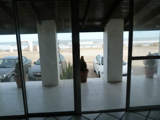 Balneario Orense, Argentina: vista al mar